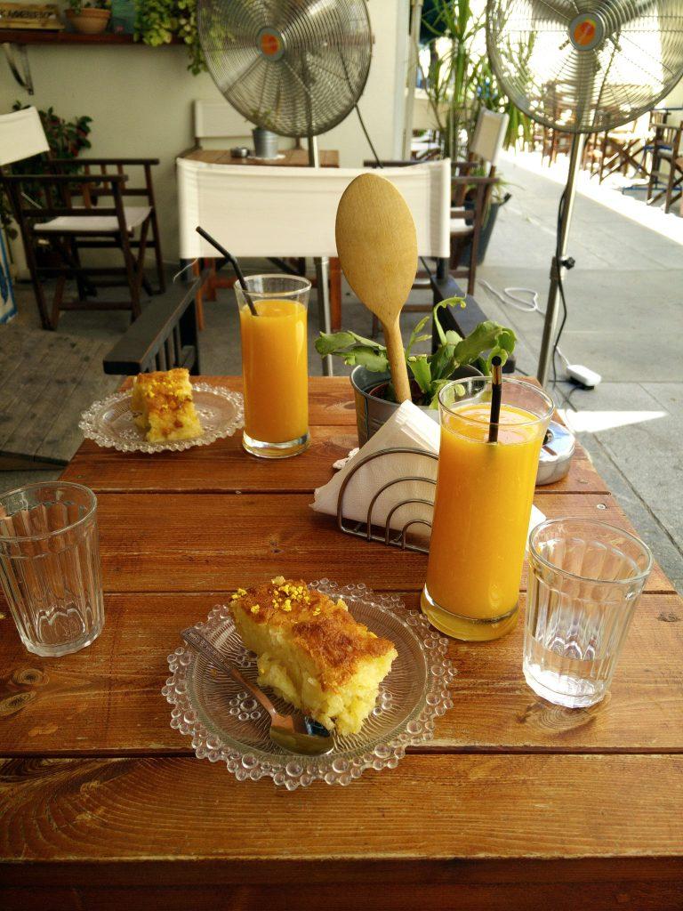 Апельсиновый Пирог в кафе Апомеро - Никосия, Кипр